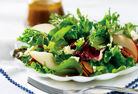 mixed-greens-and-fruit-salad-with-warm-onion-vinaigrette-large-27018.jpg
